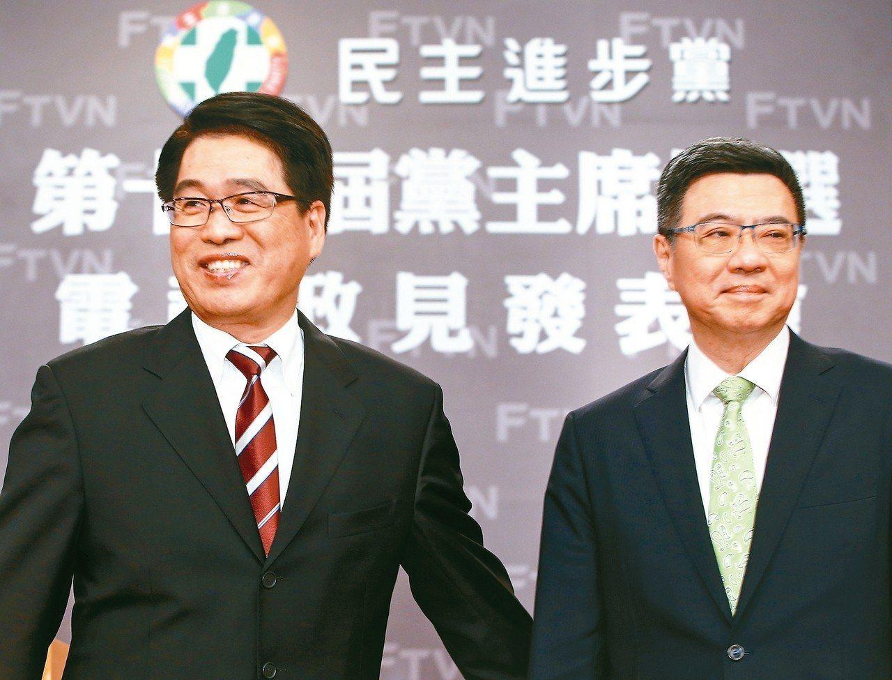 游盈隆(左)曾是卓榮泰(右)競選民進黨主席時的對手。圖/本報系資料照片
