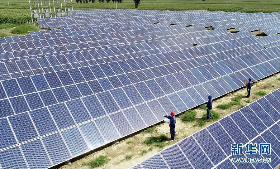 《報告》預計,今年全球太陽能市場將增長約10%。新華社資料照片