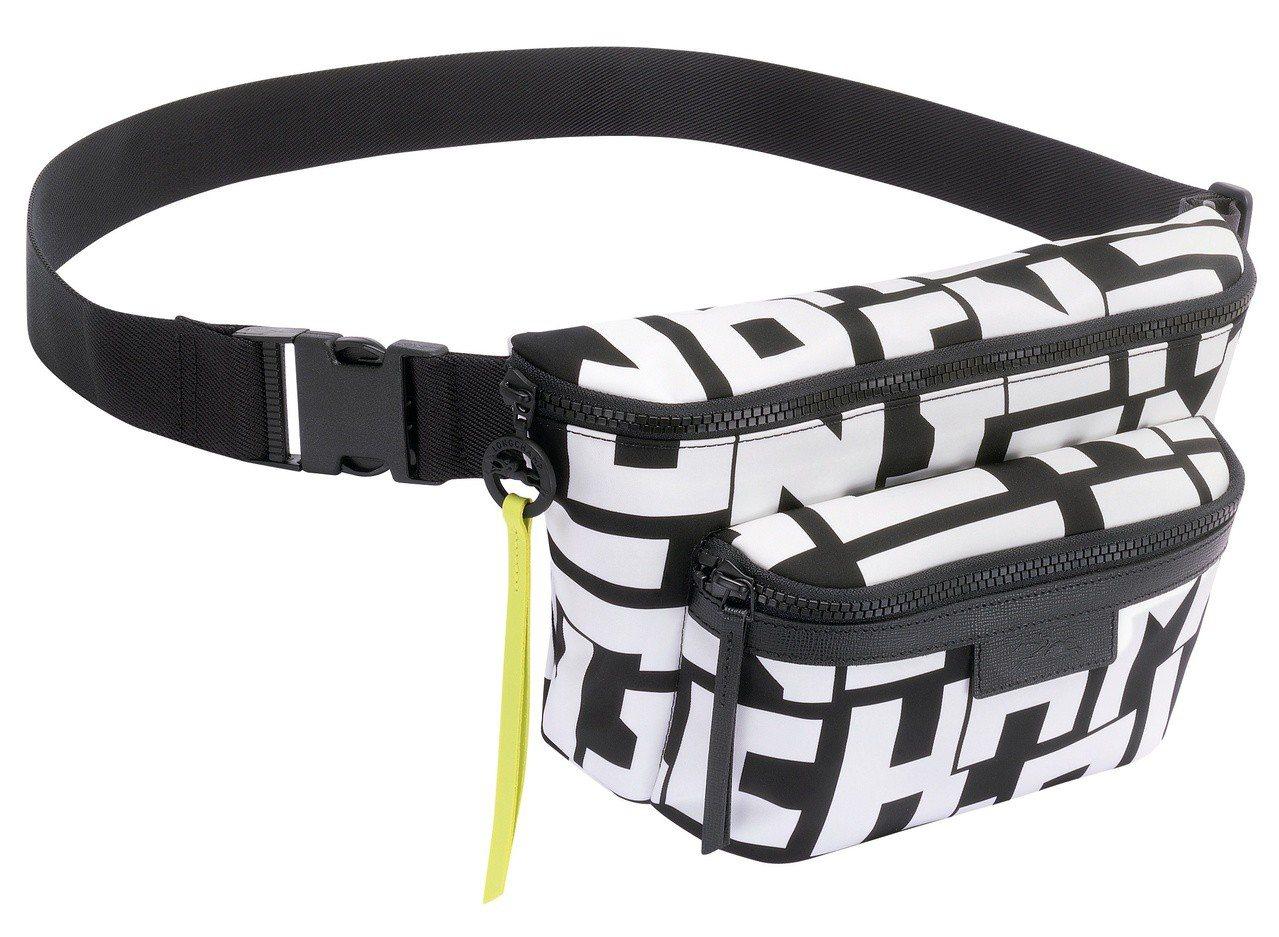 LGP白色腰包(大),售價9,400元。圖/LONGCHAMP提供