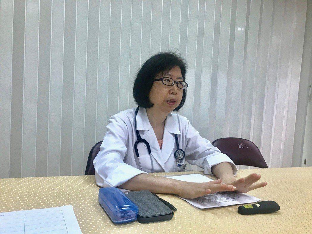 花蓮醫院家醫科醫師吳怡君說,民眾若要出國建議至旅遊醫學門診諮詢。記者王思慧/攝影
