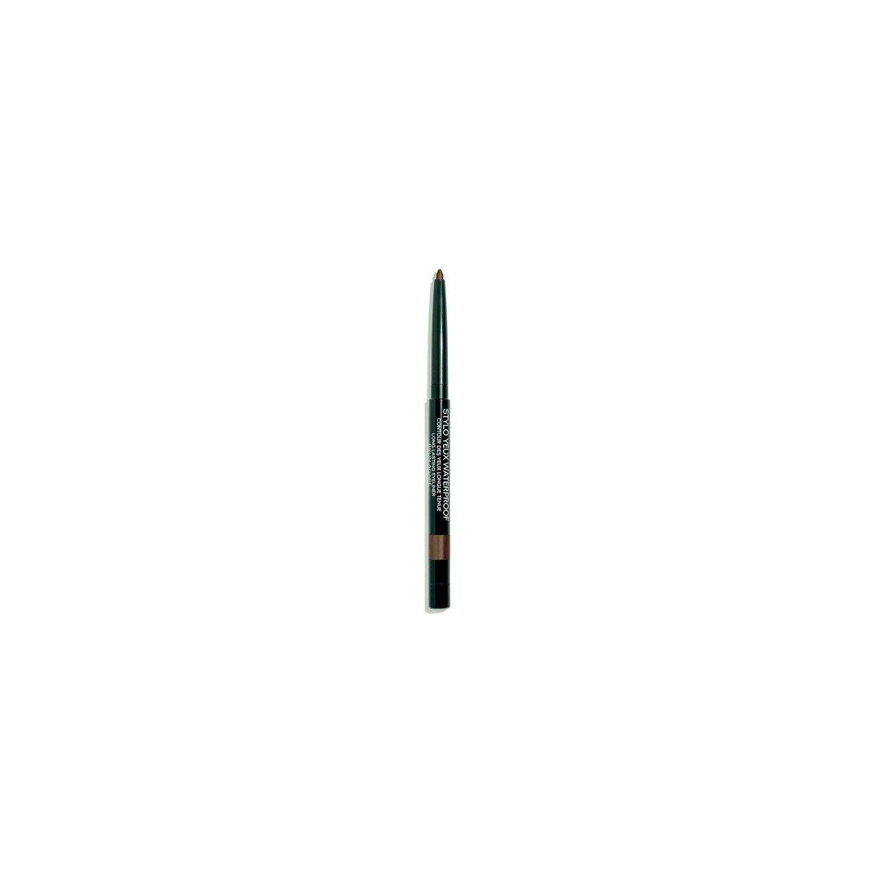 香奈兒防水眼線筆,隨意勾勒,就能創造出深邃眼眸,共5色/0.3g/920元。圖/...