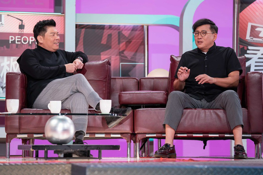 曾國城(左)和詹姆士(右)接受方念華專訪。圖/TVBS提供