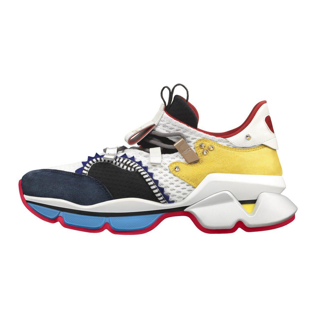 Christian Louboutin首度推出運動鞋,男款的顏色與面料有多重混搭...