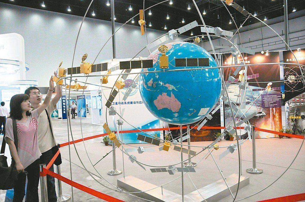 去年大陸衛星導航產業規模達人民幣3,000億元。 本報系資料庫