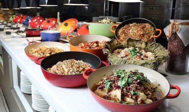 共同市場自助餐推出壽星揪團慶優惠活動。  大億麗緻酒店 提供