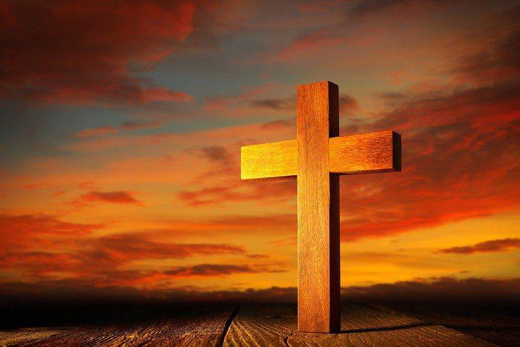 基督教信仰視死亡為通往更豐盛、榮耀生命的得勝通道。死亡是通向永恆的途徑。 圖片/...