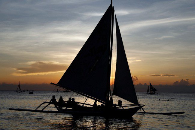 圖為菲律賓長灘島景色。路透社。
