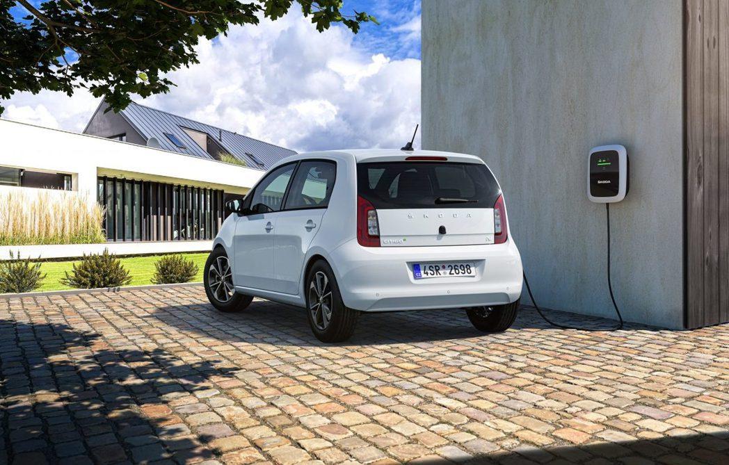 ŠKODA CITIGOe iV若使用40kW輸出功率的SCC快速充電系統,可以...
