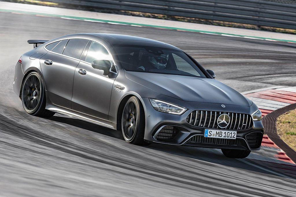 Mercedes-AMG強悍的4.0L Biturbo V8雙渦輪增壓引擎,獲選...