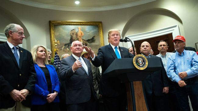 美國總統川普24日表示,華為可能納入美中兩國貿易協議的內容之一。 歐新社