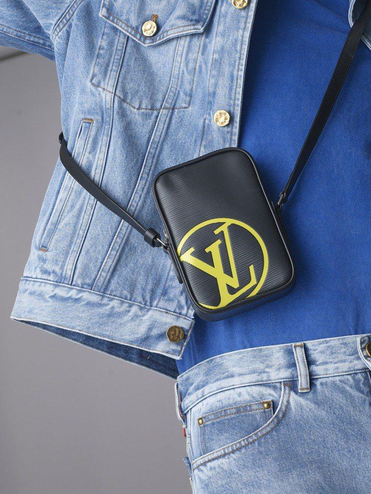 Epi Patchwork側背包,售價63,500元。圖/LV提供