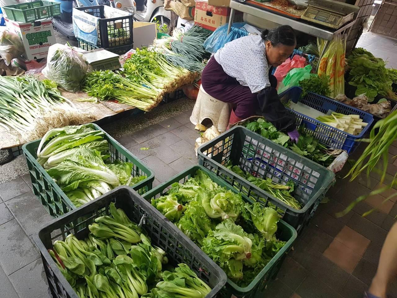 受豪雨影響,台北農產運銷公司本周蔬菜到貨量逐日遞減。圖/聯合報系資料照片