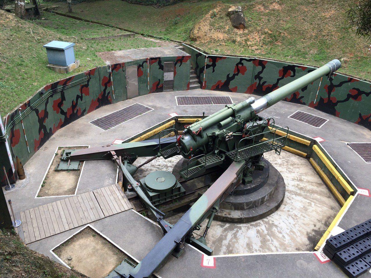大砲連240巨砲被稱為馬祖「鎮島之寶」,僅限台灣人參觀。記者吳姿賢/攝影