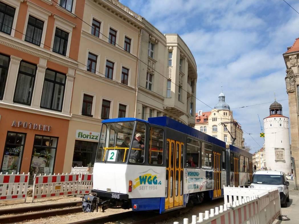 哥利茲的輕軌電車很可愛。記者張錦弘/攝影