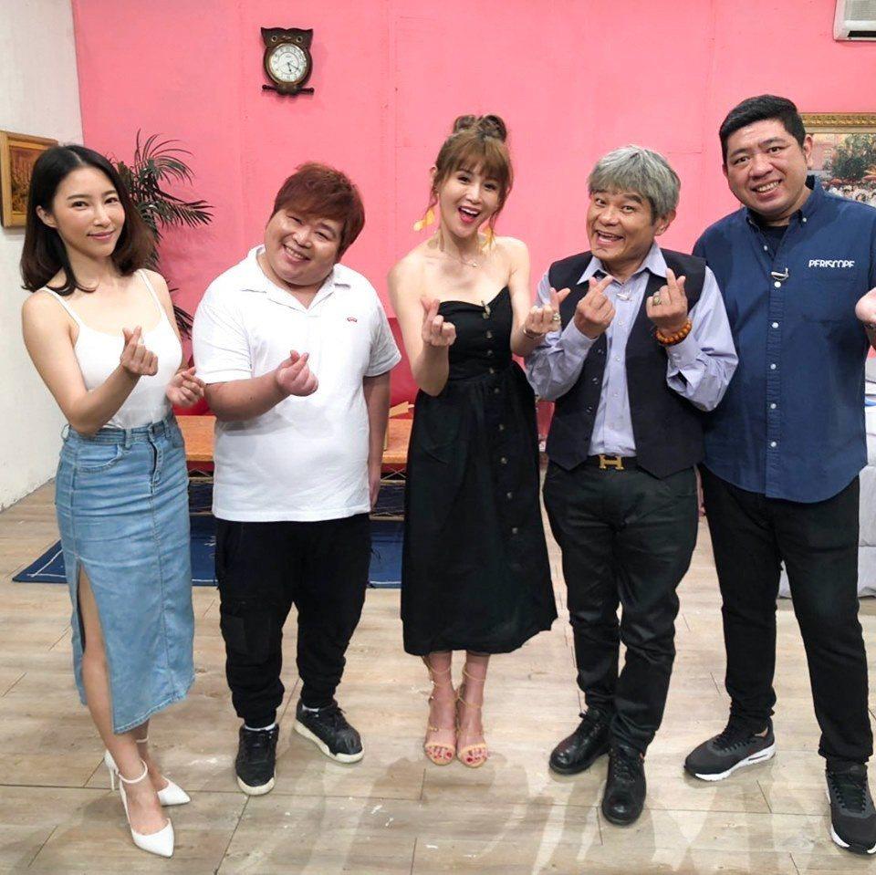 鄭仲茵挑戰即興演技。圖/衛視中文台提供