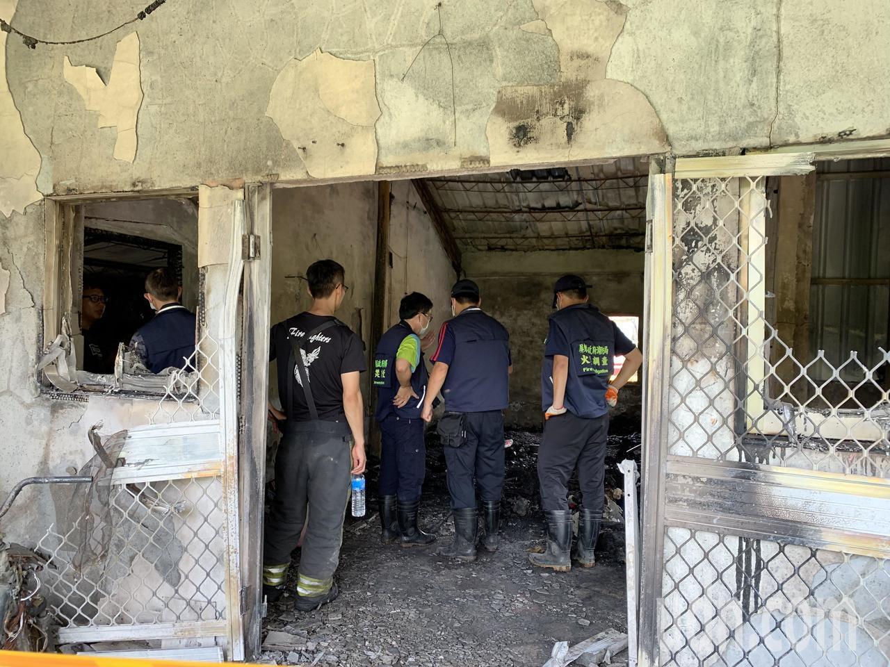 屏東縣內埔鄉一處平房今早傳出火警,造成一對母女葬身火窟。記者翁禎霞/攝影