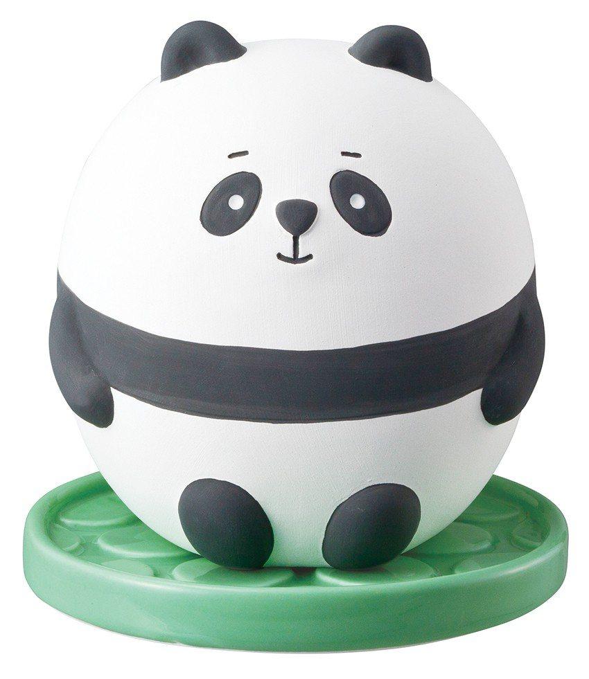 日本DECOLE除濕小幫手-肉肉熊貓,售價690元。圖/台隆手創館提供