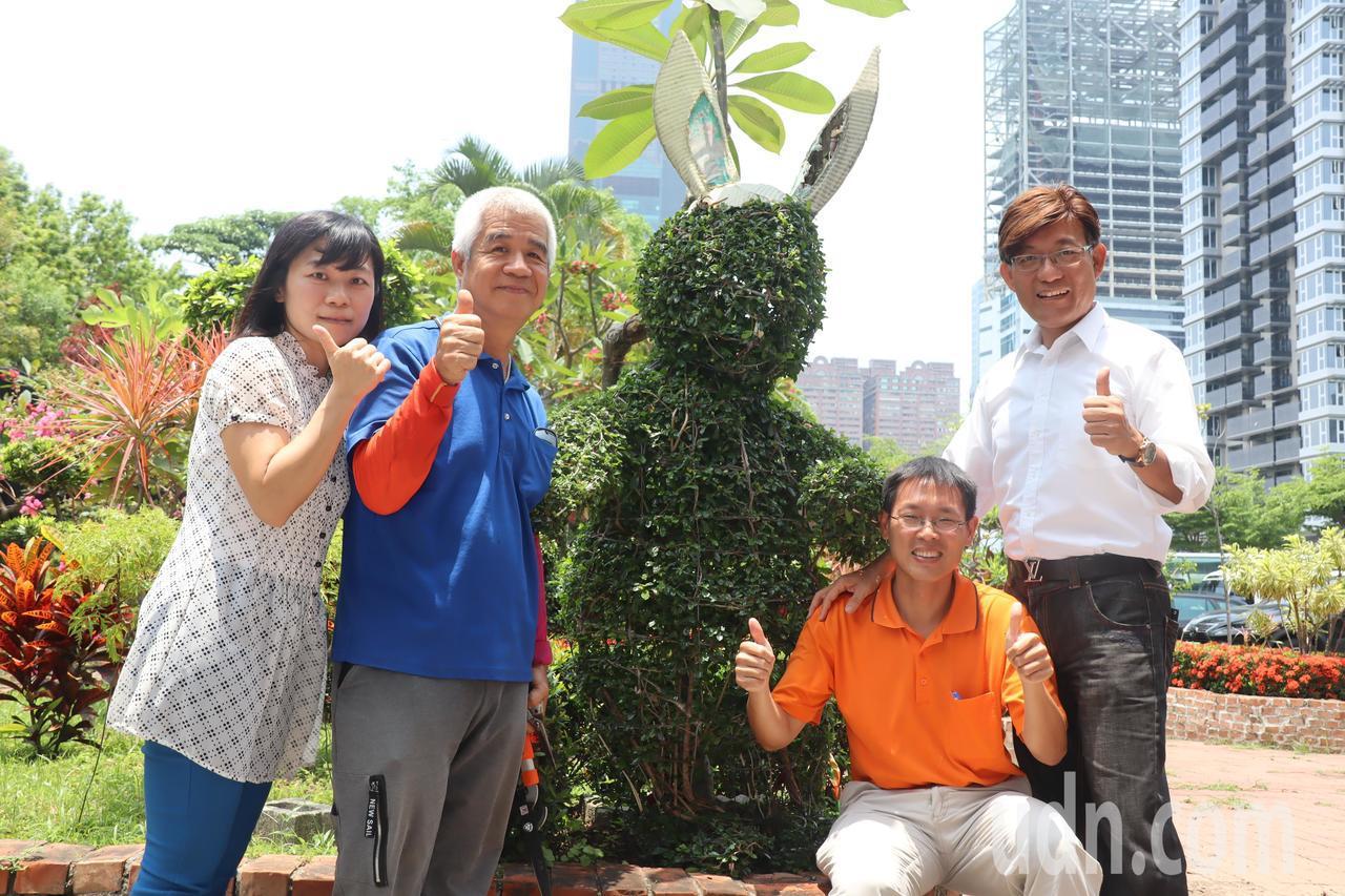 高雄市成功特殊教育學校技工吳清宗,是師生眼中的「剪刀手愛德華」。記者徐如宜/攝影