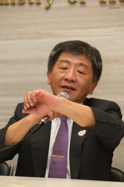 衛福部上午舉行世衛行動團返國説明記者會,因台灣連續3年未能獲邀參與世界衛生大會(...