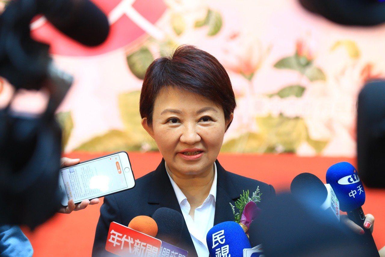 台中市長盧秀燕表示,藍、綠的候選人要來台中都歡迎,會盡最大善意請警察同仁注意候選...