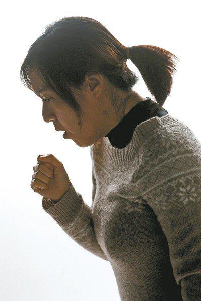 別輕忽發燒與肺癌間的關係。圖非新聞當事人。 圖/聯合報系資料照片