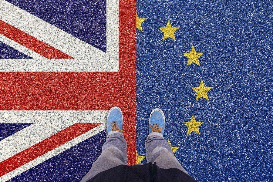 英國首相梅伊辭職後,許多的擬參選人都沒有脫歐的好方案,讓英國未來籠罩在渾沌的狀況...