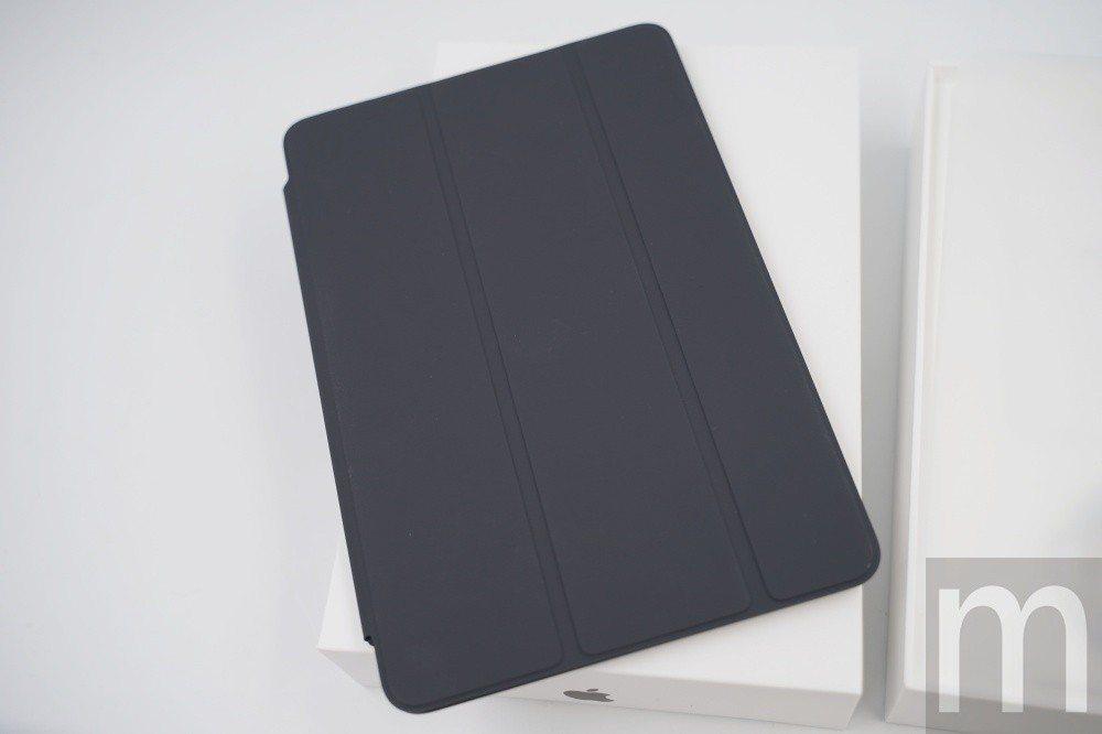 新款iPad mini使用的磁吸式保護蓋則維持相同
