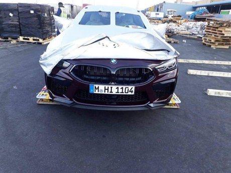 全新BMW M8 Competition再現蹤影 南非機場露臉