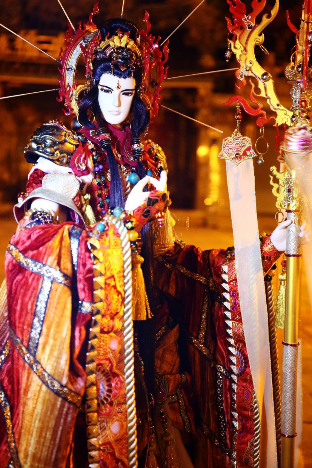 三昧堂地藏王顛覆以往,以盤髮與地獄之火做為創作意像,近年來也深受台灣廟會陣頭愛好...