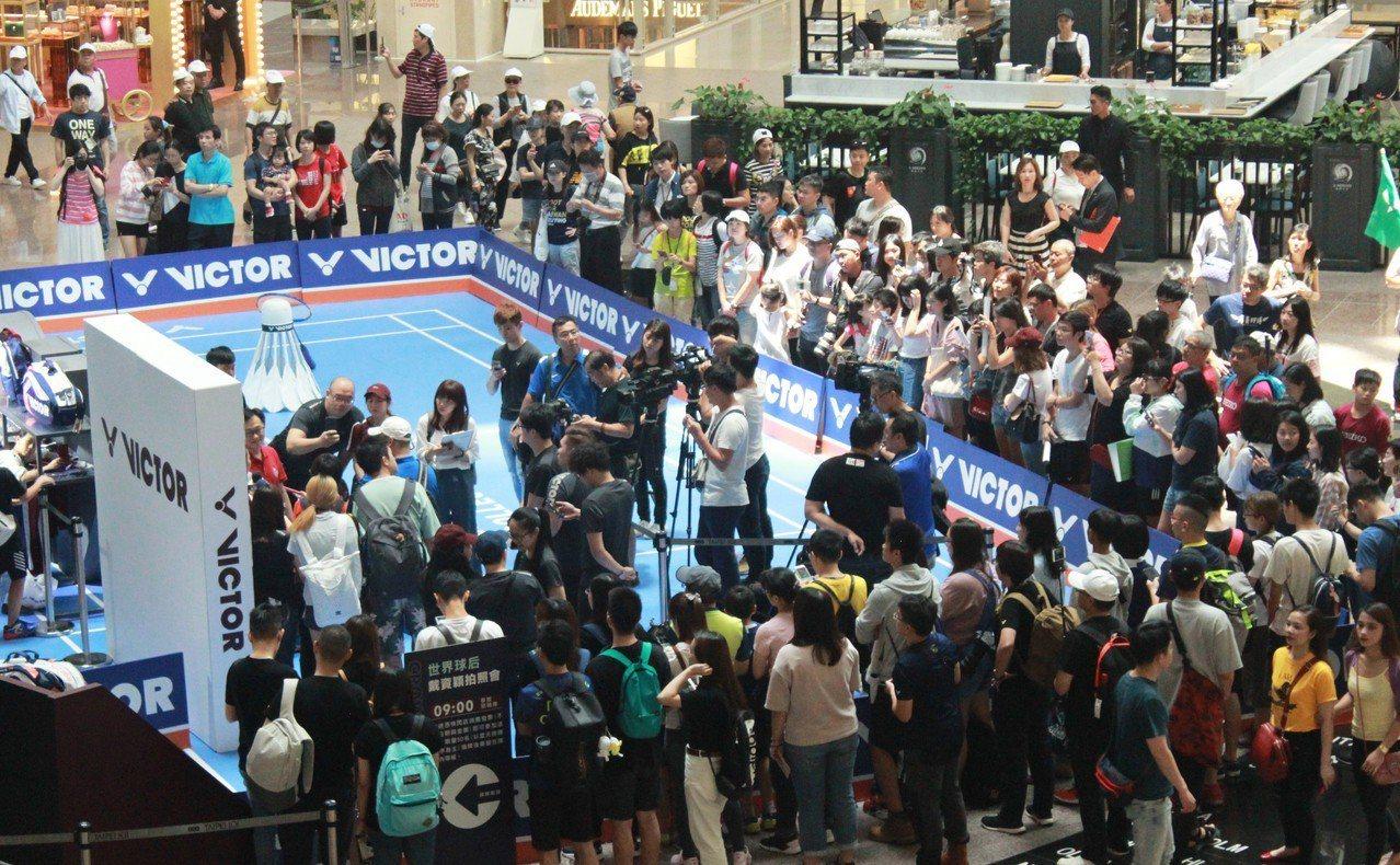 戴資穎現身台北101舉辦拍照會。圖/VICTOR提供