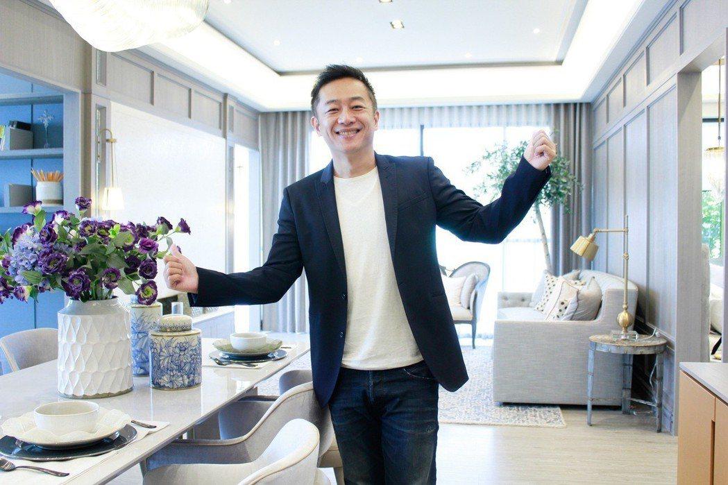 陳昭榮成直播賣房第一人。 圖/翰成數位直播提供