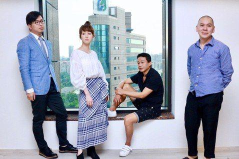 由蔡明亮執導的最新電影「你的臉」,自2018年在威尼斯影展世界首映並入圍非競賽片後,共參加了四十幾個國際電影節獎,現在終於回到台灣於光點華山上映。最新一集Win TV「娛樂鄉民」就請到兩位,接受主持...