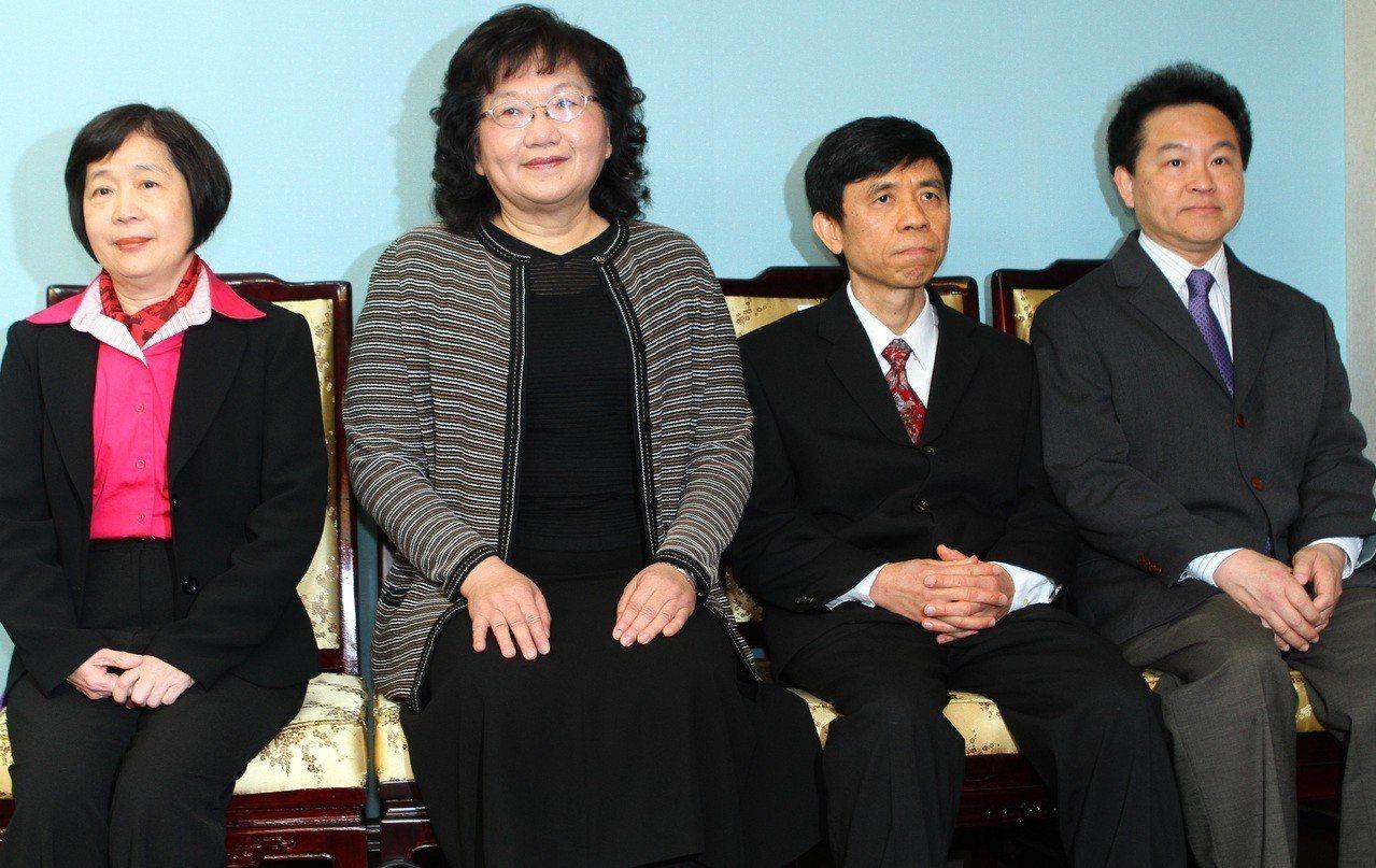 四位大法官陳碧玉(左起)、黃璽君、羅昌發、湯德宗,他們的任期將在9月30日屆滿。...
