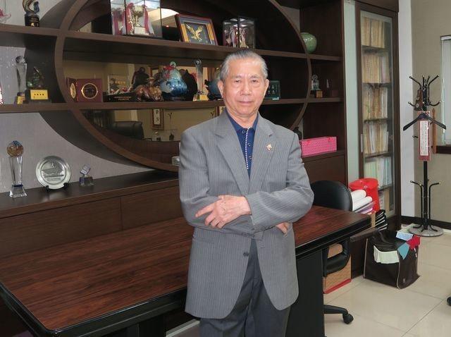 迪斯油壓工業公司董事長黃火煌帶領企業邁向營運高峰。 陳華焜/攝影