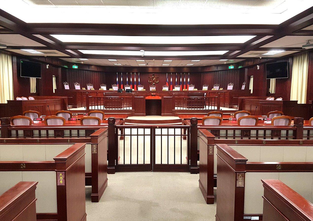 「釋憲」是大法官重要工作,而釋憲的效力等同於憲法,不容撼動。 圖/聯合報系資料照...