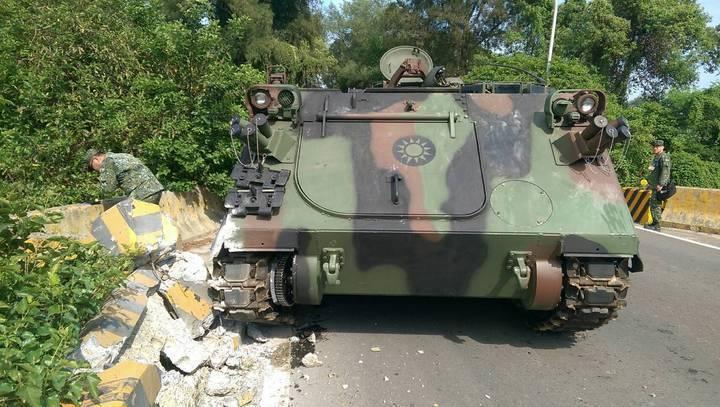 雲豹二代M2樣車完成測試後,將全面汰換陸軍現有履帶型CM22、CM23迫砲車。圖...