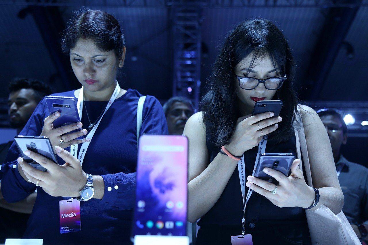 大陸品牌一加近日在印度推出了新手機,名為OnePlus 7在印度的售價為3299...