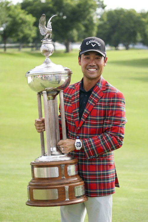 韓裔美籍高球選手羅相昱(Kevin Na)今天在美巡賽(PGA)嘉信挑戰賽最後一...