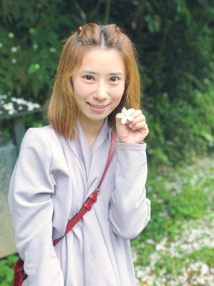 台語歌手陳怡婷的父親被爆是惡鄰。 圖/擷自陳怡婷臉書