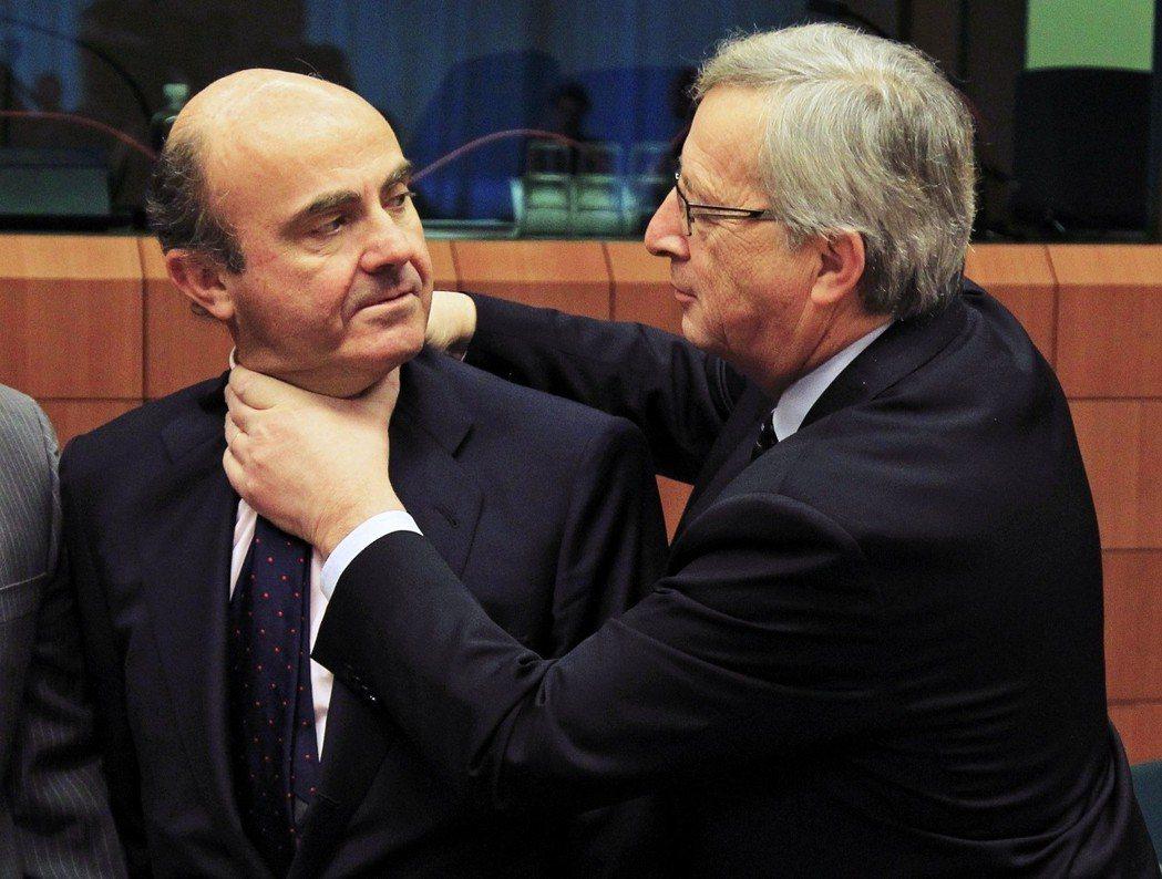 曾任盧森堡首相的榮克,在2014年就是靠著「第一候選人」制度,登上歐委會主席大位...