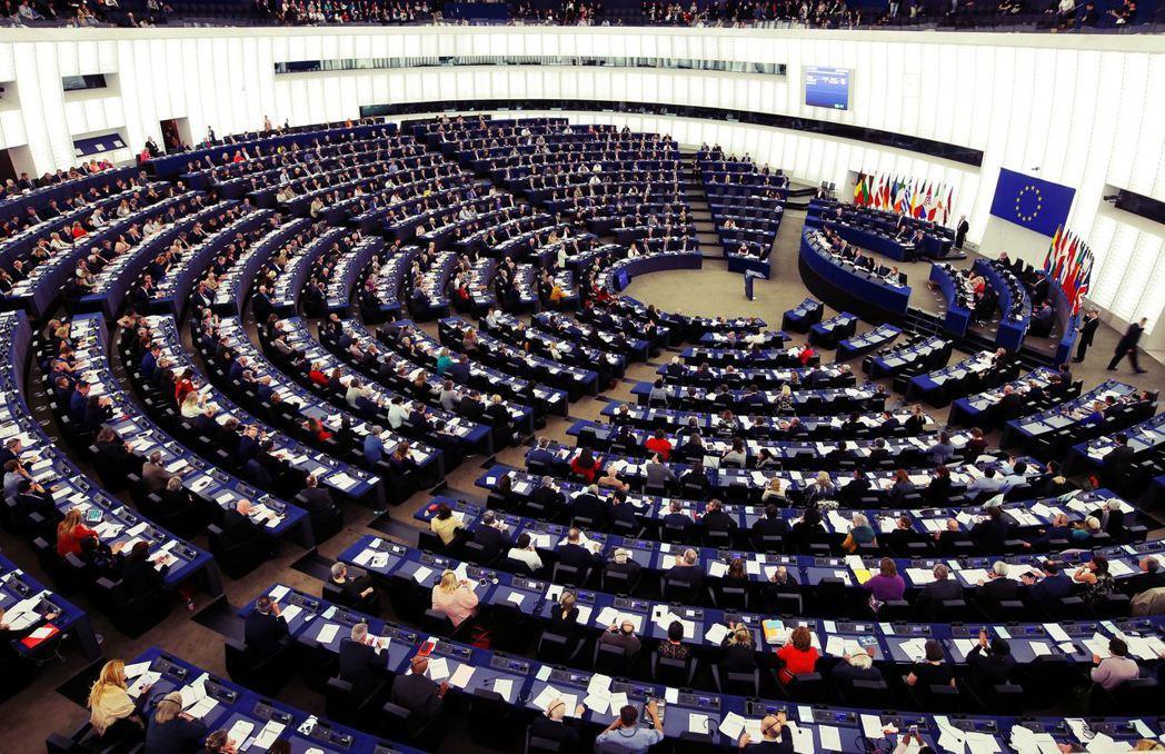 與其說是歐洲選民「選出」EPP領導歐洲議會,不如説是EPP通過歐盟政制的缺漏,不...