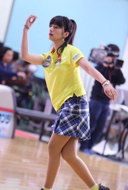 日本40歲凍齡保齡球選手 少女外表俘虜全國爆紅