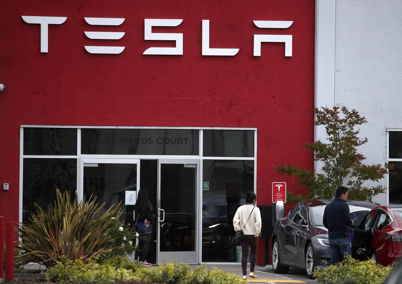 電動車生產商特斯拉(Tesla)再陷財困。 法新社