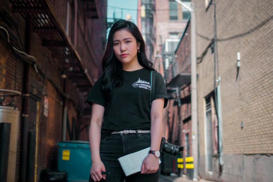 愛默生學院攻讀新聞學的香港學生許穎婷,上月底以《我來自香港,而非中國》為題,撰文...