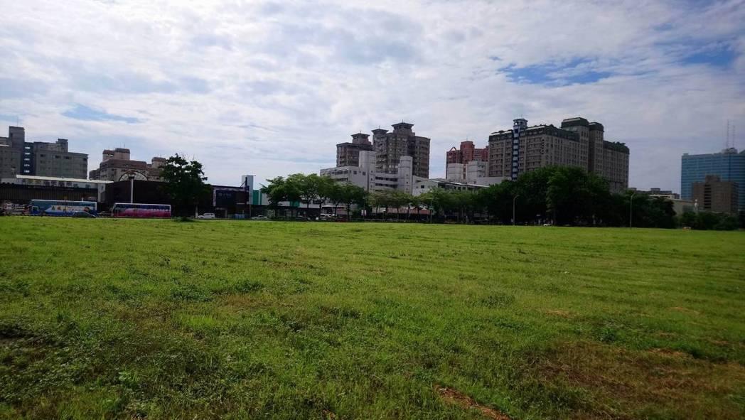台南市東區平實營區是市區裡稀有的大塊空地。記者修瑞瑩/攝影