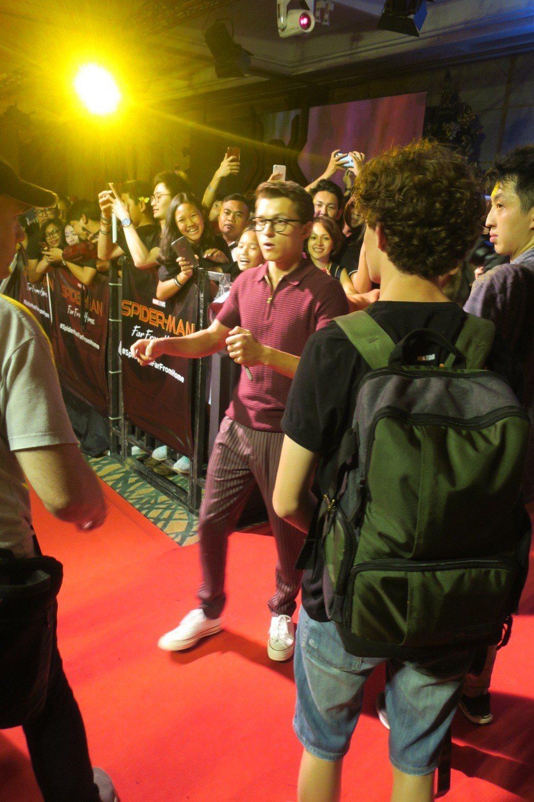 湯姆霍蘭德出席峇里島粉絲見面會,成為全場焦點。記者蘇詠智/攝影