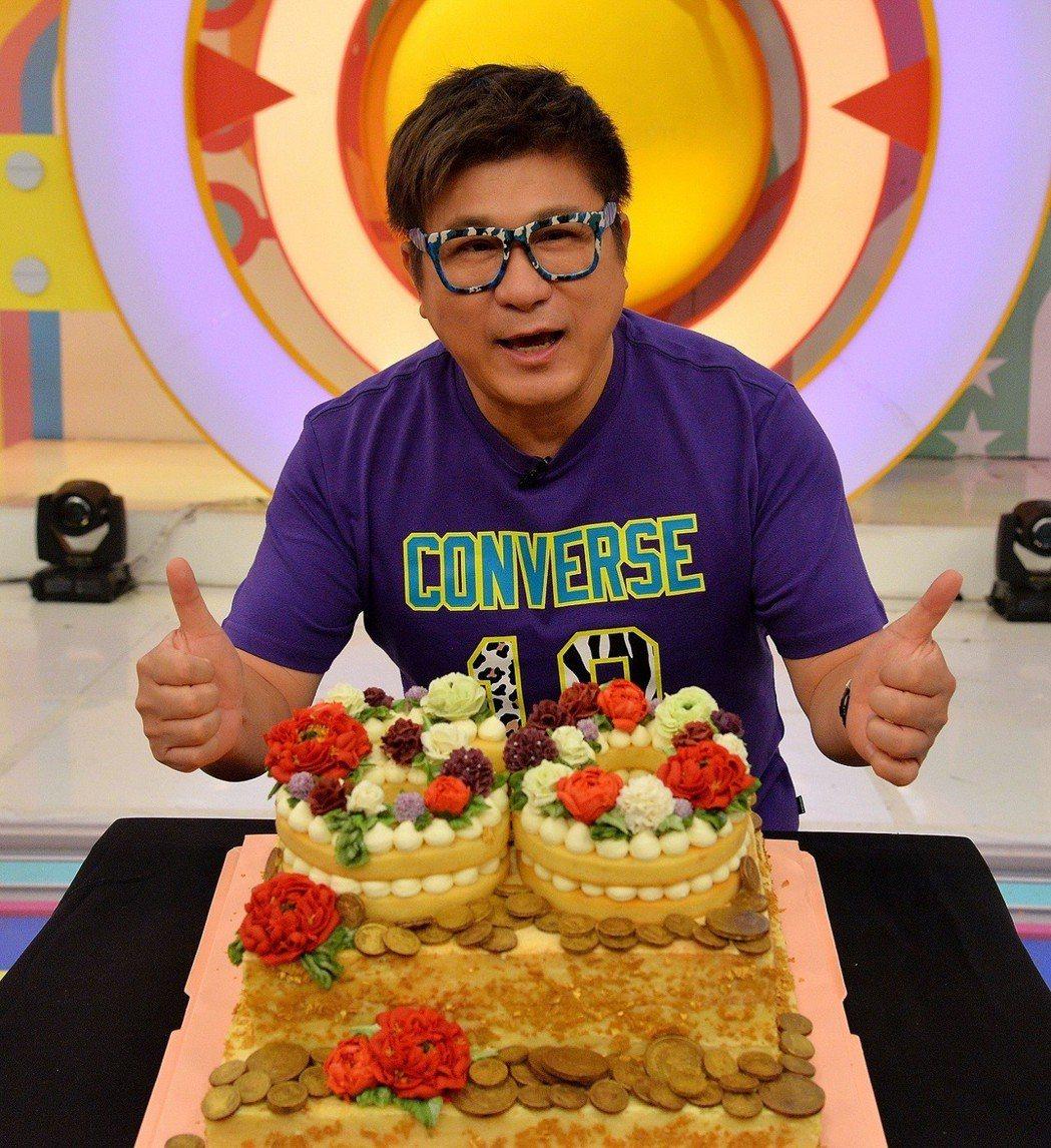 胡瓜歡慶60歲生日。圖/衛視提供