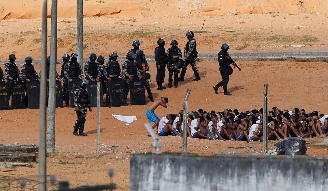 2017年1月,瑪瑙斯的安尼修喬賓監獄就曾爆發長達17小時的「監獄暴動」。最終,...