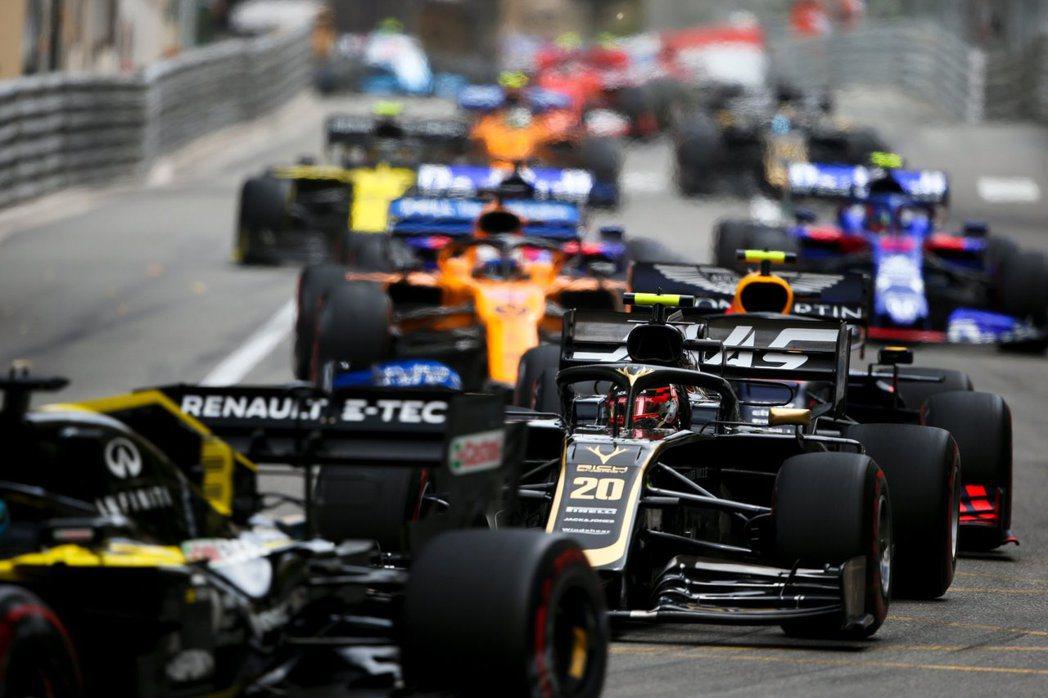 F1目前也因為疫情影響延期許多場賽事。 摘自F1