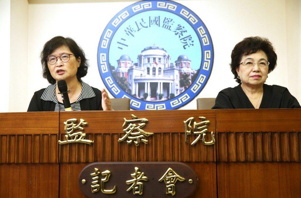 監委仉桂美(左)、江綺雯(右)日前在監察院舉行記者會公布調查內容,糾正外交部。 圖/聯合報系資料照